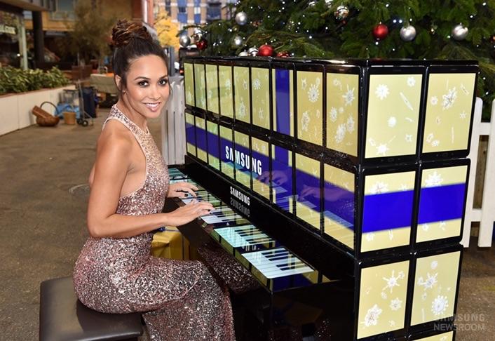 1450343515_Samsung_tablet_piyano