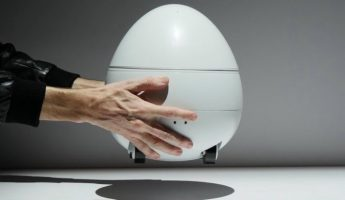 CES-2017-Panasonic's-egg-shaped-home-robot-has-built-in-projector