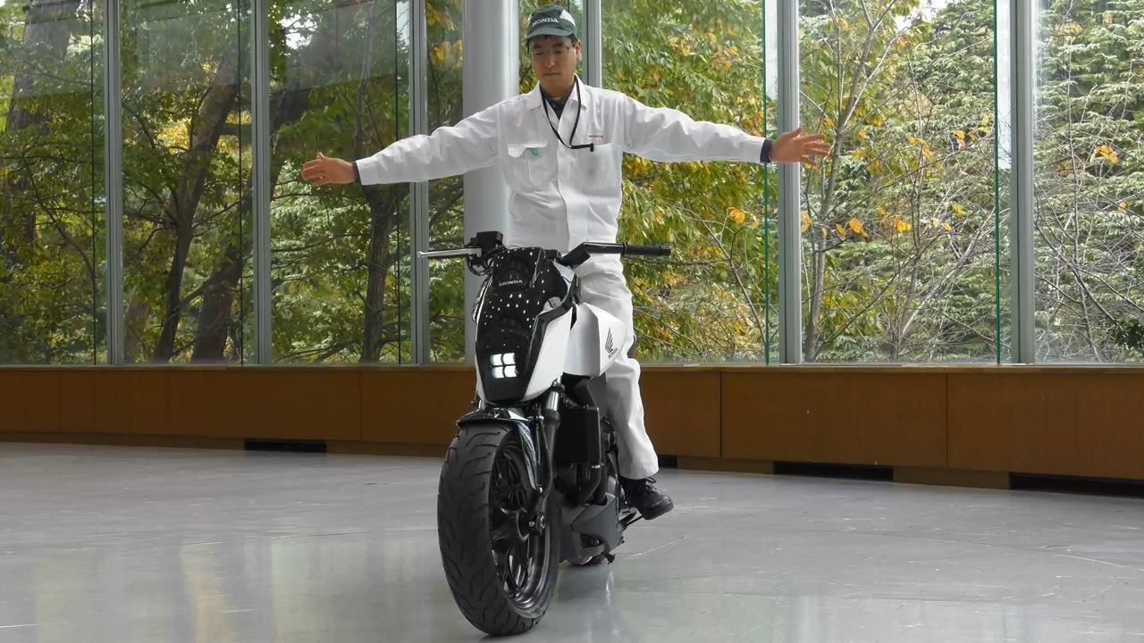 honda-riding-assist-demo-1