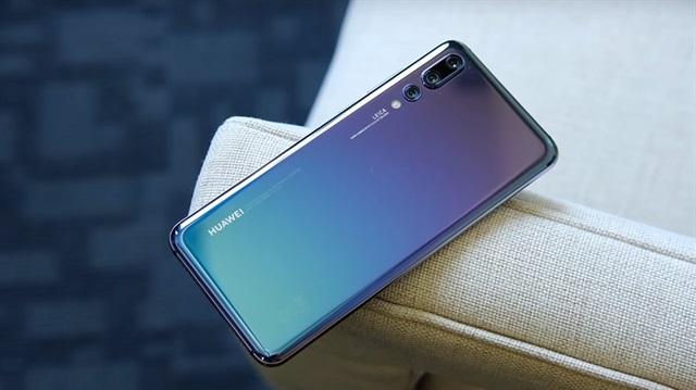 Huawei P30 kutu tasarımı ile ortaya çıktı!