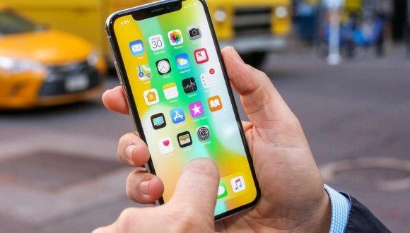 Apple'dan iPhone 11'in bataryasını büyütecek hamle