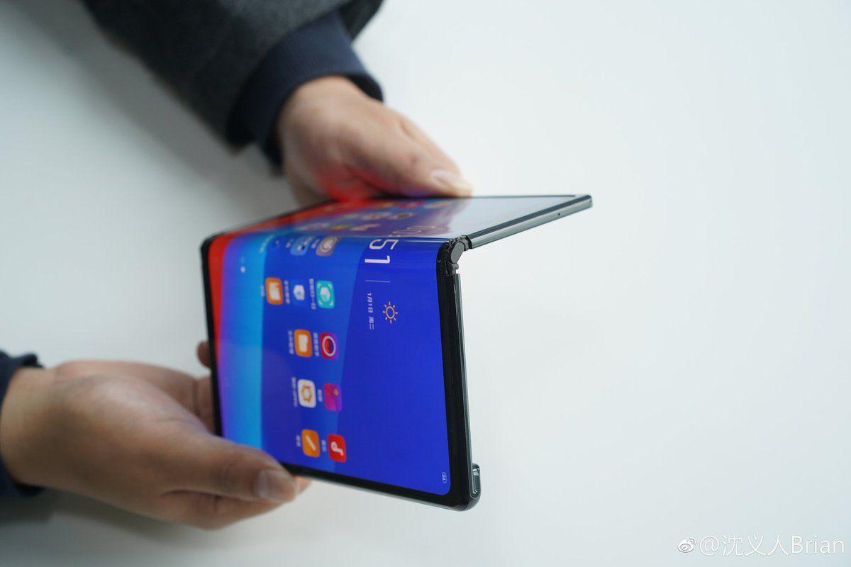 Katlanabilir telefonlar için 2024 kehaneti